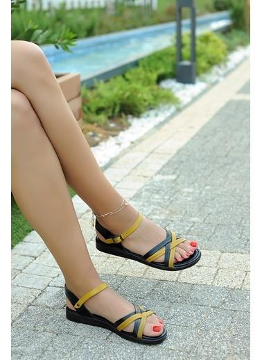 Pembe Potin A218-19 Kadın Sandalet Siyah